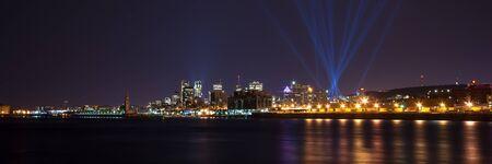 Vista panor�mica de Montreal, por tr�s do Rio S�o Louren�o