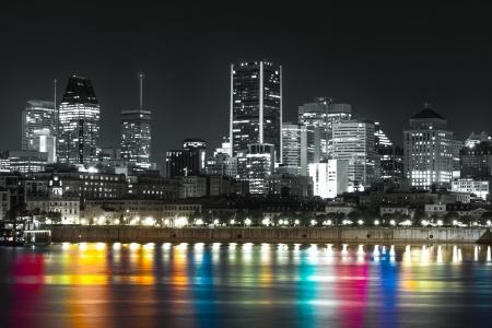 Downtown Montreal em cores preto e branco +.