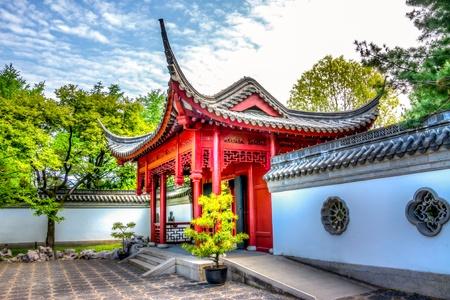 A entrada de uma imagem HDR de um templo chin�s,