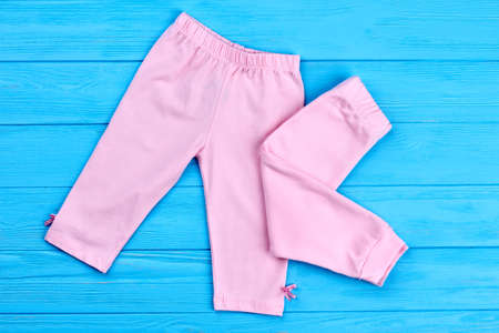 Brand natural baby-girl pants. Classic cotton leggings for infant baby-girls. Shop new natural kids clothes.