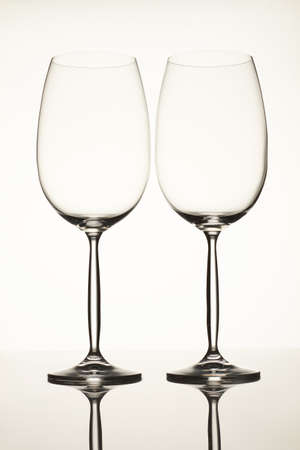 Two empty wine glasses. Isolated on white background. Standard-Bild