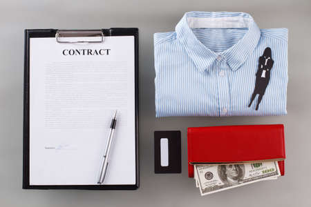 Signed contract and wallet with money. Successful deal guarantees profit. 版權商用圖片