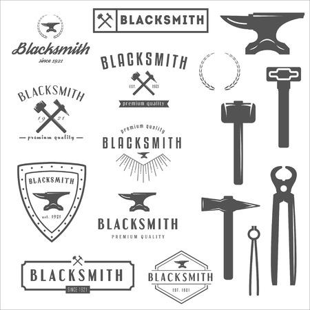 martillo: Conjunto de logotipo, elementos y logotipos de herrero y tienda Vectores