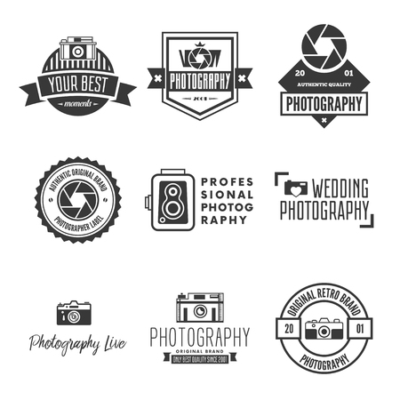 Photography Logos, Badges and Labels Design Elements set. Photo camera vintage style objects. Vettoriali