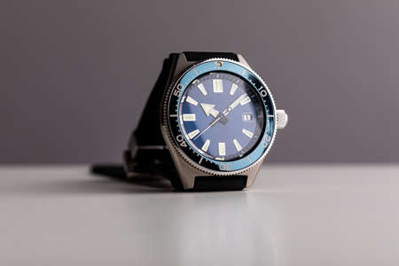 Luxury diver watch, blue dial, ceramic bezel Stockfoto