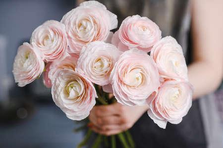 Close-up Large Beautiful bouquet of mixed flowers. Flower background and Wallpaper. Floral shop concept . Beautiful fresh cut bouquet. Flowers delivery Banco de Imagens - 137890226