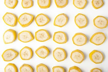 banana peel: Sliced banana pattern horizontal