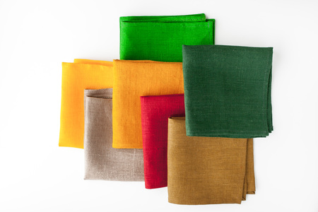 servilletas: Colorful napkins  on the white background