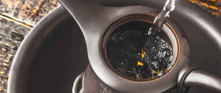 wide screen: Brewing tea in the teapot wide screen