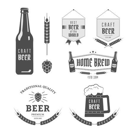 Vintage label set ambachtelijke bier. Brouwerij emblemen en design-elementen Stock Illustratie