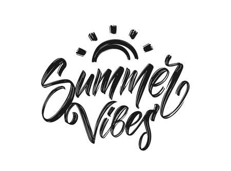 Handgeschriebener Schriftzug von Summer Vibes mit handgezeichneter Pinselsonne