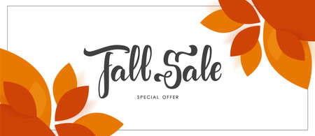 Autumn offer banner with hand lettering of Fall Sale and colorful leaves Archivio Fotografico - 130346401