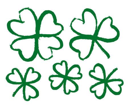 Vector illustration: Sketch line clover. Hand drawn brush shamrocks on white background. Иллюстрация