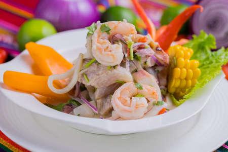 Peruvian food: Fish ceviche Foto de archivo - 102217114