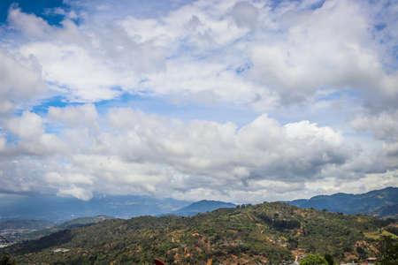 Beautiful view of rural landscape. costa rica under cloudy sky. Foto de archivo - 102217128