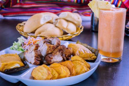 peruvian food breakfast tamales with chicharron Foto de archivo - 104499075