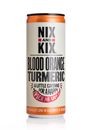 LONDON, UK - MAY 29, 2019: Aluminium can of NIX and KIX soda with blood orange flavour on white. 스톡 콘텐츠 - 124998783
