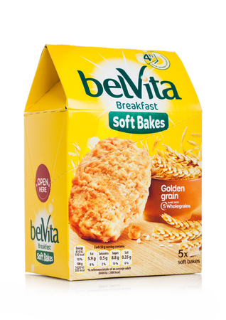 LONDON, UK - MAY 29, 2019: Pack of Belvita Breakfast soft bakes golden grain cookies on white Standard-Bild - 124998812