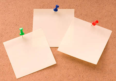 Note paper with push pins on noticeboard Stock Photo - 7081089