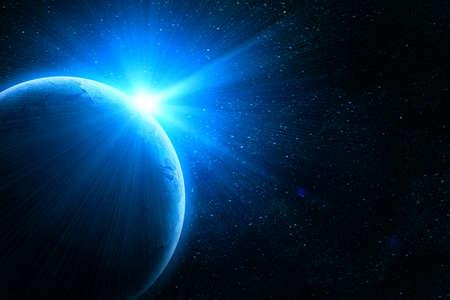 sol naciente: tierra azul en el espacio con el sol naciente Foto de archivo