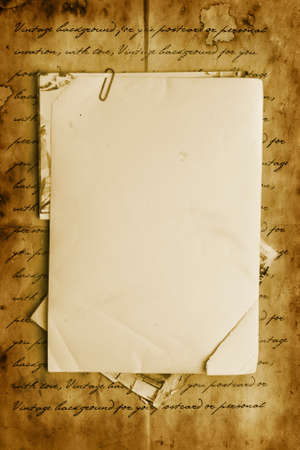 De fondo de la vendimia con los viejos papeles, cartas y fotos