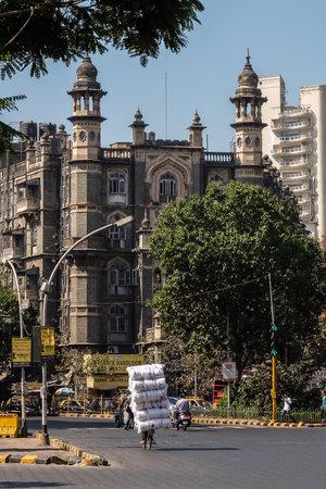 Mumbai, India - February, 25th, 2017. Mumbai road traffic