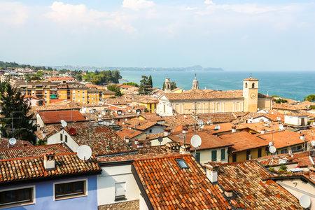 Desenzano del Garda, Italy - Circa September 2018. Sunny day in small town Desenzano, located on Garda lake. 報道画像