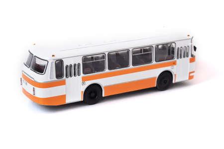 Maquette d'un bus russe jaune blanc. Bus jaune jouet