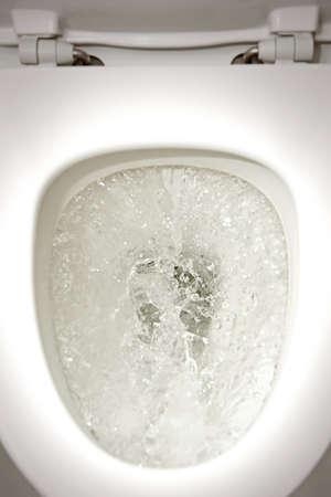 水洗トイレのクローズ アップ
