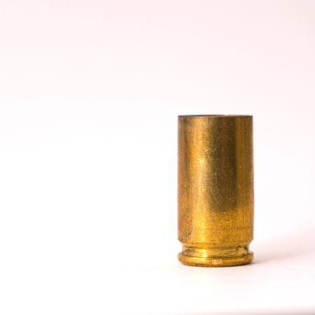 cartilla: Una sucia 9 mm grupo carcasa imprimaci�n hasta  Foto de archivo