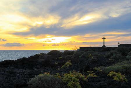 Sundown at the light house from fuencaliente 版權商用圖片