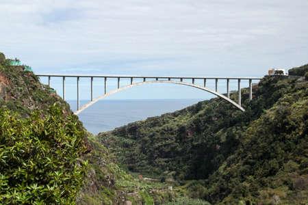 arch bridge by Puente de los Tilos 版權商用圖片