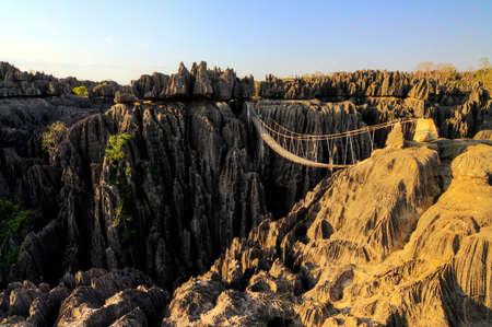 グランドキャニオン上空、広がる・ デ ・ ヤリ マダガスカルでの橋の上の美しい HDR ビュー
