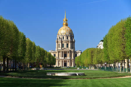 invalides: Beautiful view of the golden dome of Les Invalides in Paris, France