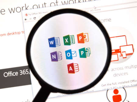 MONTREAL, CANADA - FEBRUARY, 2016 - Microsoft Office 365 on the web under magnifying glass. 新闻类图片