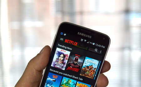 samsung: MONTREAL, CANADA - MARCH, 2016 - Netflix application running on android Samsung S5. Netflix is one of the most popular global provider of streaming movies.
