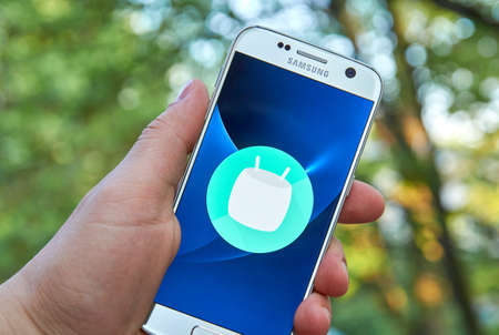 google chrome: MONTREAL, CANADA - MAY 23, 2016 : Android Marshmallow logo on Samsung S7 screen. Android 6 Marshmallow is the eighth major version of the Android operating system.