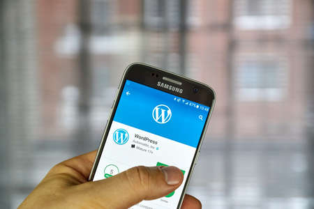 wordpress: MONTREAL, CANADA - DECEMBER 23, 2016 : Wordpress application on Samsung S7 screen.