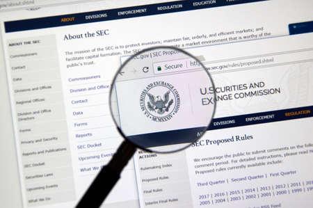 モントリオール, カナダ - 2017 年 11 月 7 日: 秒虫眼鏡のホームページを開設。および米国証券取引委員会は、アメリカ合衆国連邦政府の独立機関です