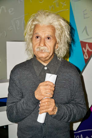 MONTREAL, CANADA - SEPTEMBER 23, 2018: Albert Einstein, famous physicist who who developed the theory of relativity. Wax museum Grevin in Montreal, Quebec, Canada Imagens - 114451186