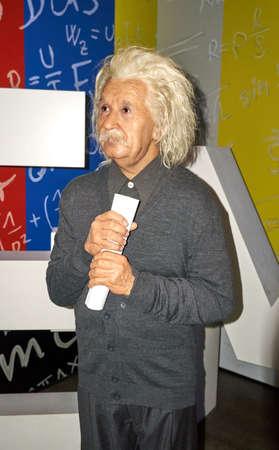 MONTREAL, CANADA - SEPTEMBER 23, 2018: Albert Einstein, famous physicist who who developed the theory of relativity. Wax museum Grevin in Montreal, Quebec, Canada Imagens - 114451187