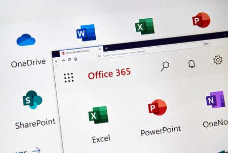 MONTRÉAL, CANADA - 28 FÉVRIER 2019 : Microsoft Office 365 nouvelles icônes sur un écran de PC. Office 365 est le nom de marque que Microsoft utilise pour un groupe d'abonnements qui fournissent des logiciels de productivité Éditoriale