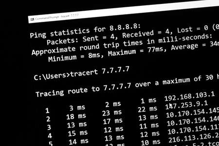 traceroute network test command on a screen, close up Banco de Imagens