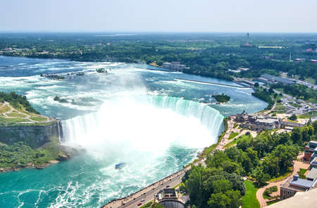 Beautiful Niagara Falls in summer on a clear sunny day, view from Canadian side. Niagara Falls, Ontario, Canada 版權商用圖片