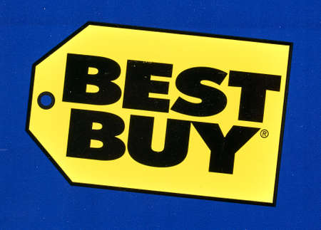 Montreal, Canada - April 6, 2020: Bestbuy gift logo printed on paper. Best Buy is an American multinational consumer electronics retailer headquartered in Richfield, Minnesota. 新聞圖片