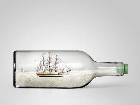 Kleine souvenir fles met strandzand