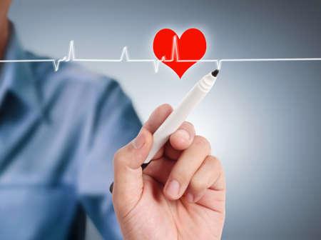 corazon dibujo: dibujo s�mbolo del coraz�n en la pizarra interactiva