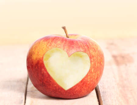 silhouette coeur: Heart Shape love and Apple Banque d'images