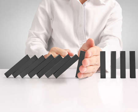 mediate: hand stop a dominoes continuous toppled