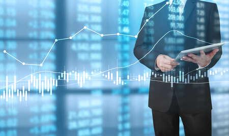 投資コンセプト, 手から来る株式の財務チャートのシンボルと手